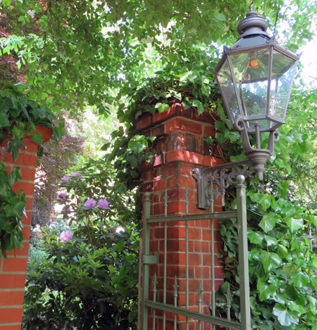 berlin 39 s hidden treasures the literaturhaus a charming cafe with secret gardens attached. Black Bedroom Furniture Sets. Home Design Ideas