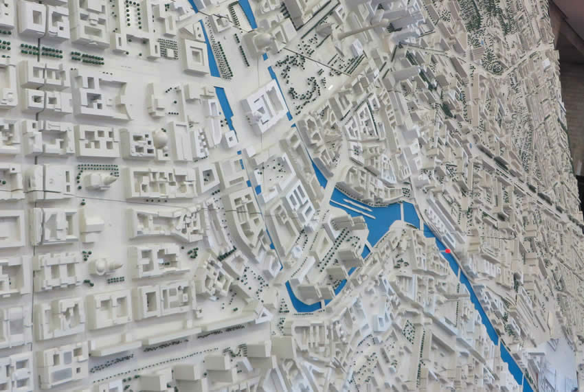 Scale model of Berlin featured in a free exhibition