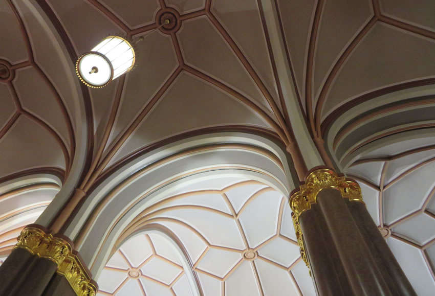 Berlin city town hall - detail of ceiling
