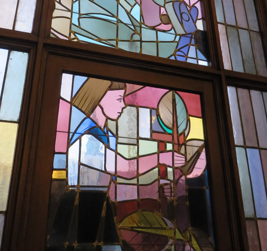 GDR era stained glass in the Rotes Rathaus, Berlin
