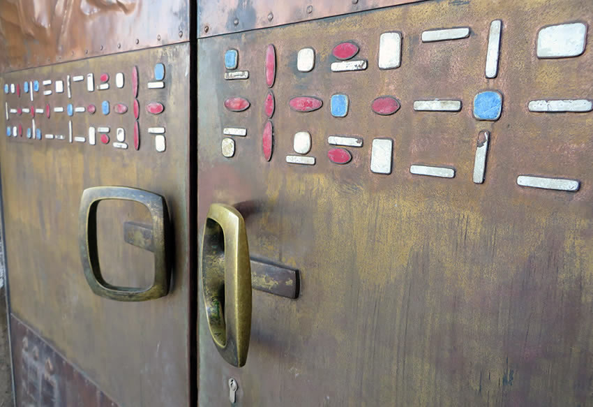 Ornamental entrance doors in mid-50s style, Berlin