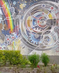GDR era mosaics and a futuristic shopping mall in Berlin's Marzahn