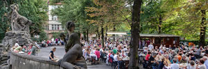 A wine festival and picnic held in one of Berlin's prettiest garden squares