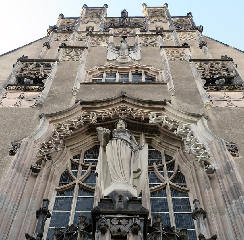 Gothic revival main portal to Wedding's district courthouse, Berlin
